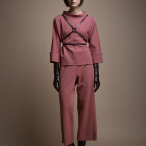 Jersey knitted 3/4 lenght pants in viscose